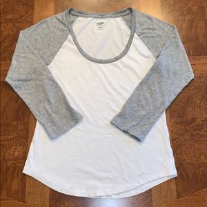 Old Navy scoop neck baseball tee gray/white sz XS